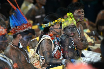 Índios mundurukus se reuniram com o ministro Gilberto Carvalho para discutir a suspensão de empreendimentos energéticos na Amazônia
