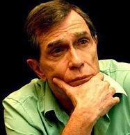Jorge Mautner, cantor e compositor.